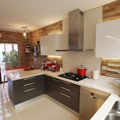 Built-in kitchens by Selica