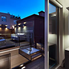 Corcoran House:  Patios & Decks by KUBE Architecture