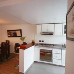 Built-in kitchens by AMR estudio