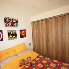 Casa Gallego Urrego: Habitaciones para niños de estilo  por AMR estudio