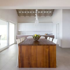 Built-in kitchens by GD Arredamenti