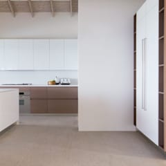 Built-in kitchens by GD Arredamenti, Tropical