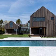 Seaview | Swimming Pool: Giardino con piscina in stile  di GD Arredamenti