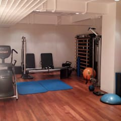 Amrita Shergill Marg:  Gym by Sion Projects