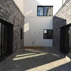 Bungalow von 디자인랩 소소 건축사사무소