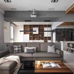 竹北-翰林富苑-S&C秘境:  客廳 by 極簡室內設計 Simple Design Studio