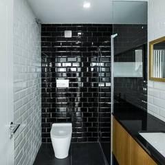 ห้องน้ำ by Sérgio Coimbra Martins, Unipessoal, Lda