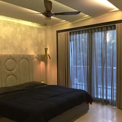 Residence Design, Bhera Enclave:  Bedroom by H5 Interior Design