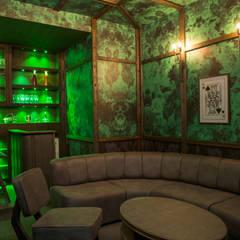 Bungalow - Applewoods:  Wine cellar by DESIGNER'S CIRCLE,Modern