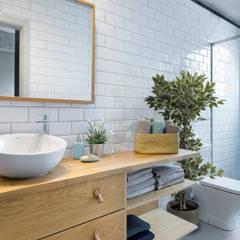 ห้องน้ำ by Egue y Seta