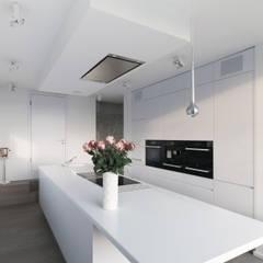 Hochwertige Privatwohnung:  Küche von Lumoplan Lichtplanung Berlin