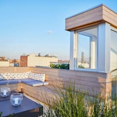 Red Hook Townhouse:  Roof by Sarah Jefferys Design