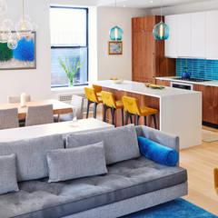 Tribeca Apartment:  Living room by Sarah Jefferys Design