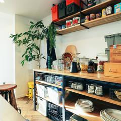 Cucinino in stile  di オレンジハウス