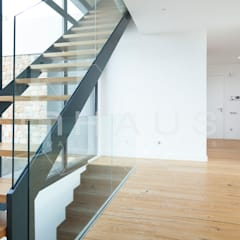 Stairs by Casas inHAUS, Modern