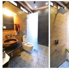 Apartment | Delhi:  Bathroom by Inno[NATIVE] Design Collective