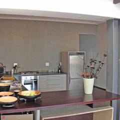 House Pichaske, Woodstock 2005:  Kitchen by Till Manecke:Architect