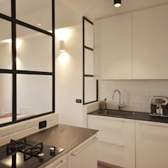 مطبخ ذو قطع مدمجة تنفيذ Arch. Silvana Citterio,