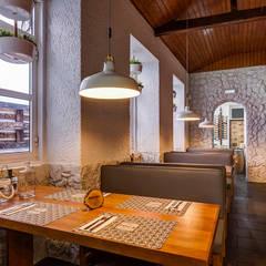 Fotografia de Interiores | Restaurante TOCA: Espaços de restauração  por ARKHY PHOTO