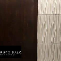 """PROYECTO HOTELERO """"HOTEL HOTSSON"""" EN IRAPUATO, GTO. MÈXICO: Paredes de estilo  por GRUPO DALÒ    PANELES DECORATIVOS EN 3D, Moderno"""