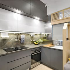 Sai Wan Ho, Hong Kong, Interior Design by Darren Design:  Kitchen by Darren Design & Associates 戴倫設計工作室
