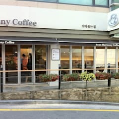 Nonhyun B Coffee facade: kimapartners co., ltd.의  바 & 카페