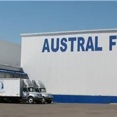 Austral Freezer: Casas de estilo  por Incubar: Arquitectura & Construcción