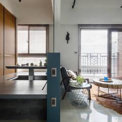 Estudios y oficinas de estilo  por DYD INTERIOR大漾帝國際室內裝修有限公司