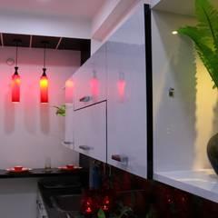Cocinas de estilo  por Enrich Interiors & Decors, Asiático