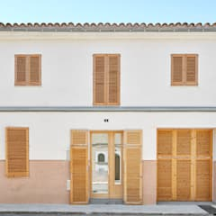 Terrace house by PONT consultori d'arquitectura