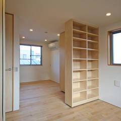 みんなの集まる家: 設計事務所アーキプレイスが手掛けた女の子部屋です。