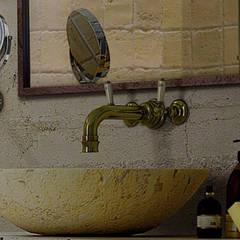 Beton trifft Tradiotion:  Badezimmer von Der Rieger Exclusiv