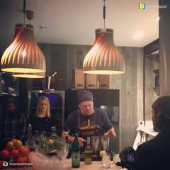 3 Volupte M au-dessus du comptoir: Bars & clubs de style  par LairiaL