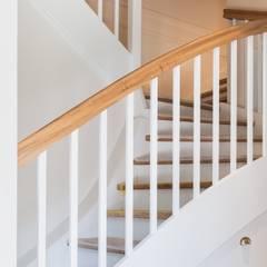 Modernisierung Fachwerkhaus:  Treppe von Innenarchitekturinsel