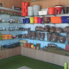HOME-A-GARDEN SHOWROOM:  Commercial Spaces by Inshows Displays Private Limited