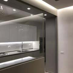 مطبخ ذو قطع مدمجة تنفيذ ULA architects,