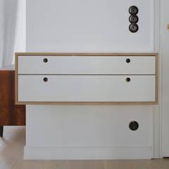 mieszkanie na Powiślu : styl , w kategorii Korytarz, przedpokój zaprojektowany przez JJJASKOLA ARCHITEKCI
