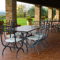 .: Terrazza in stile  di Morelli & Ruggeri Architetti