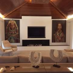 OLIVEIRA DE AZEMÉIS | PORTUGAL: Salas de estar  por GlammFire