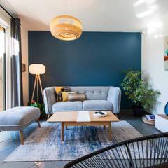 Living room by Kty.L Décoratrice d'intérieur UFDI,