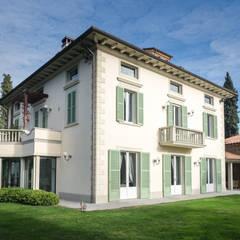 Villa by Morelli & Ruggeri Architetti