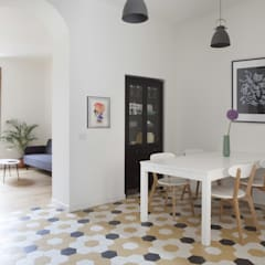 No. Lo. Flat: Sala da pranzo in stile  di Filippo Colombetti, Architetto