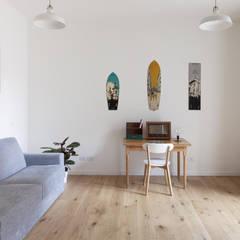 No. Lo. Flat: Studio in stile  di Filippo Colombetti, Architetto