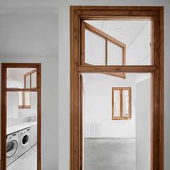 Doors by PONT consultori d'arquitectura