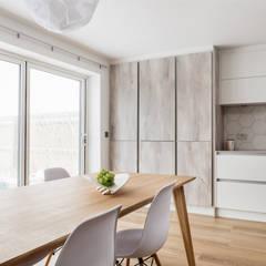 Nhà bếp by Katie Malik Interiors