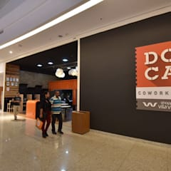 DOCA Coworking - Shopping Vila Velha: Lojas e imóveis comerciais  por Koletivo Arquitetura