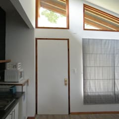 Wooden windows by homify,