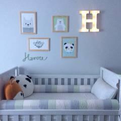 Baby room by Marina Duzzi Arquiteta