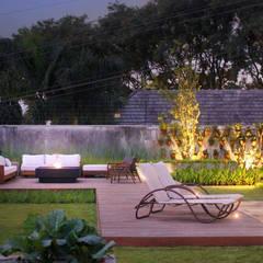 PROJETO MFG: Jardins  por Amaury Neto Paisagismo