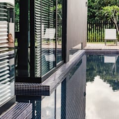 Vintage Modern:  Garden Pool by J Hous Studio